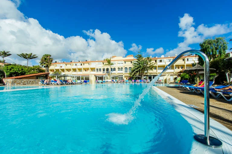 Aparthotel Playa Park Club
