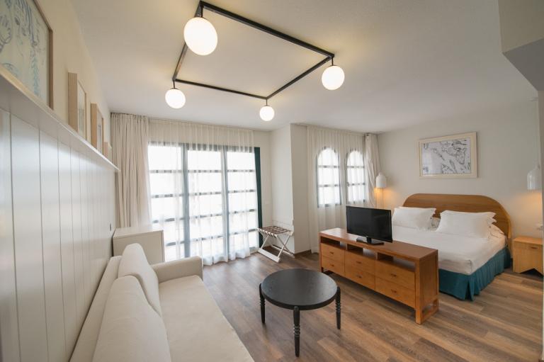Hotel H10 Ocean Suites