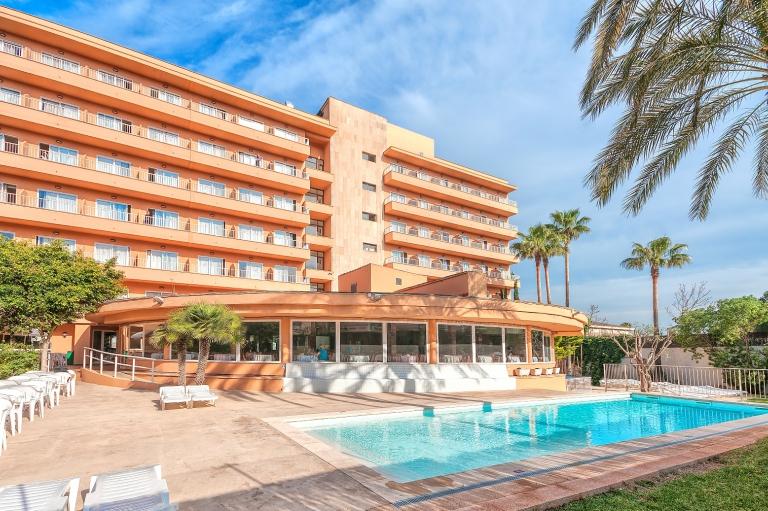 Hotel Fergus Geminis Paradise Friends