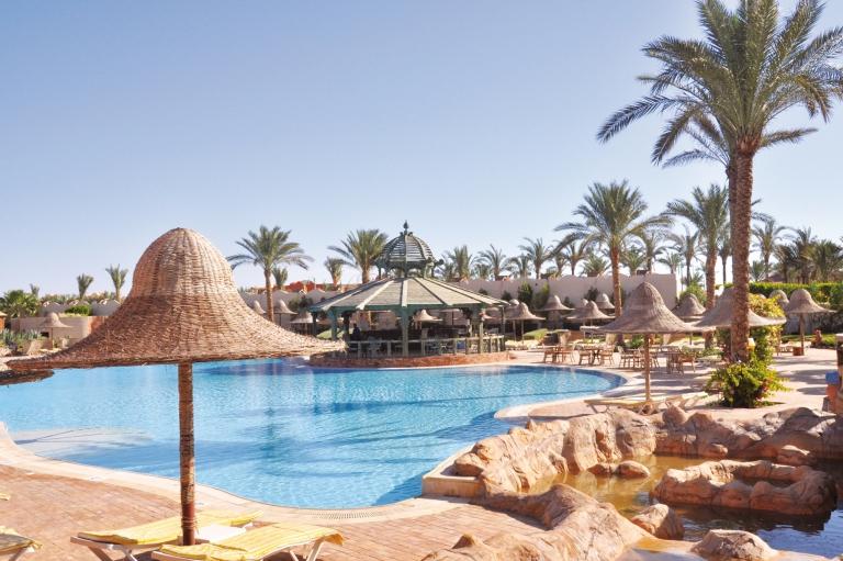 Parrotel Aqua Park Resort Paradise Friends