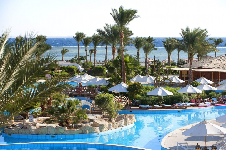 Amwaj Oyoun Resort &spa