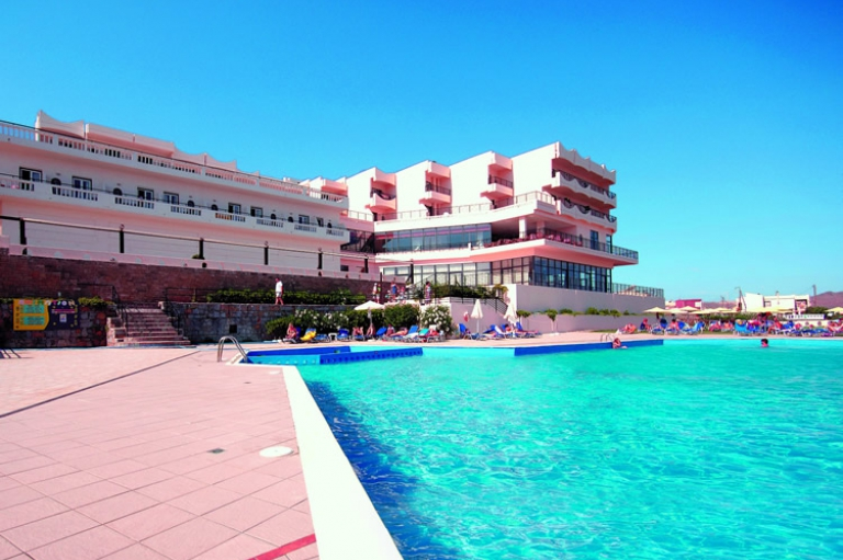 Hotel Paradise Friends Themis Beach
